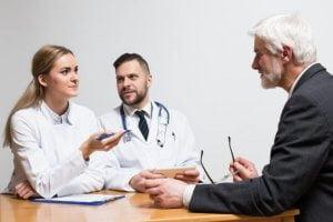 diskusi dokter pasien
