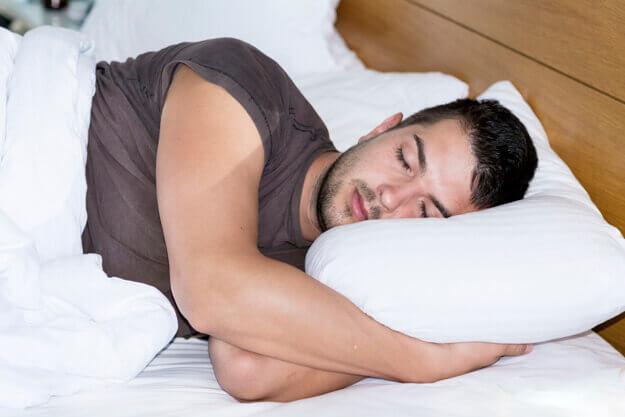 posisi tidur miring kiri